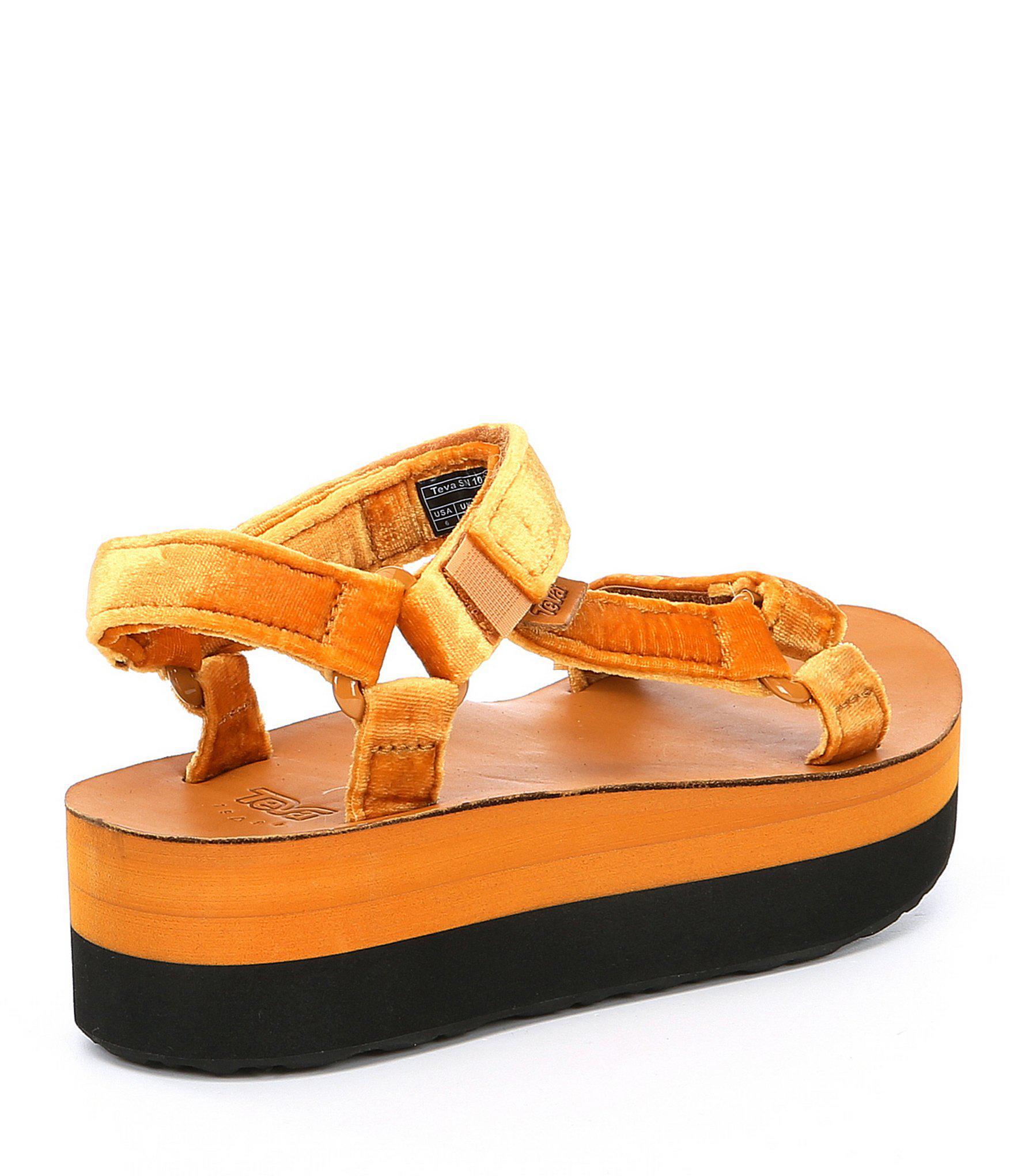 8c87c924f06 Lyst - Teva Flatform Universal Velvet Platform Sandal in Brown