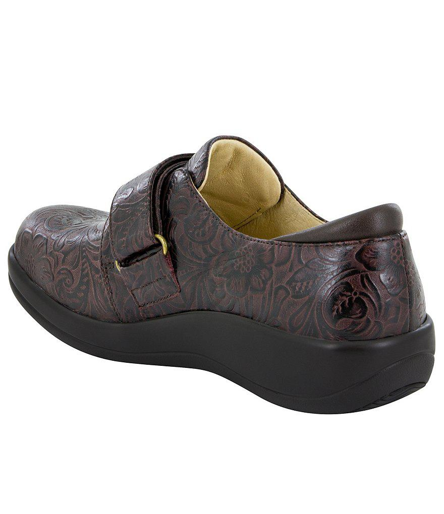 Alegria Joleen Tooled Pattern Stain-Resistant Leather Clogs rzRDnTARPN