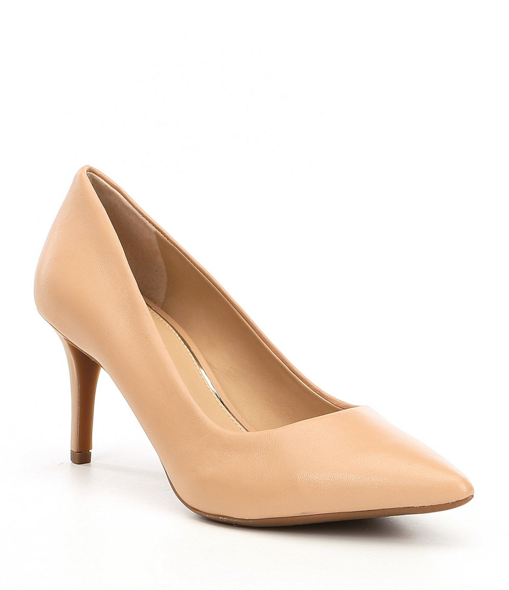 c9e4aab202 Gianni Bini Metilda Leather Pointy Toe Pumps in Natural - Lyst
