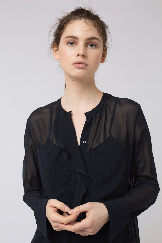 lyst dorothee schumacher sensitive lightness top in black save 63. Black Bedroom Furniture Sets. Home Design Ideas