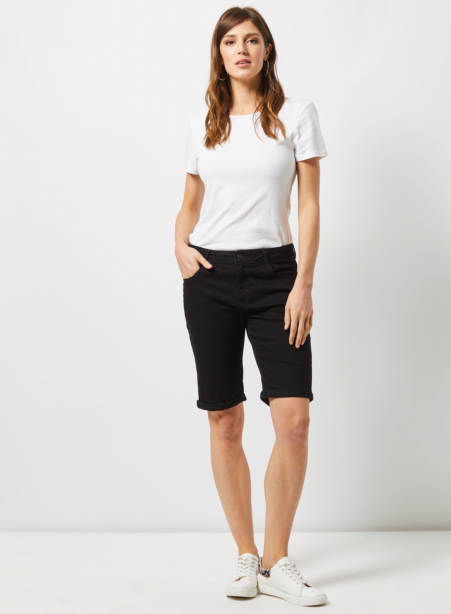 8d64f1c7c0af Dorothy Perkins - Black Knee Shorts - Lyst. View fullscreen