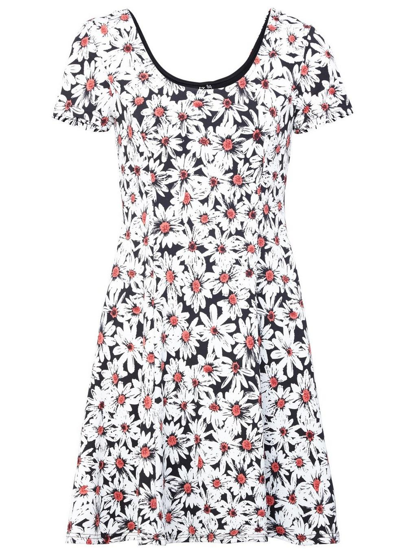 c6f45bc8ef Lyst - Dorothy Perkins Izabel London White Daisy Print Tea Dress in ...