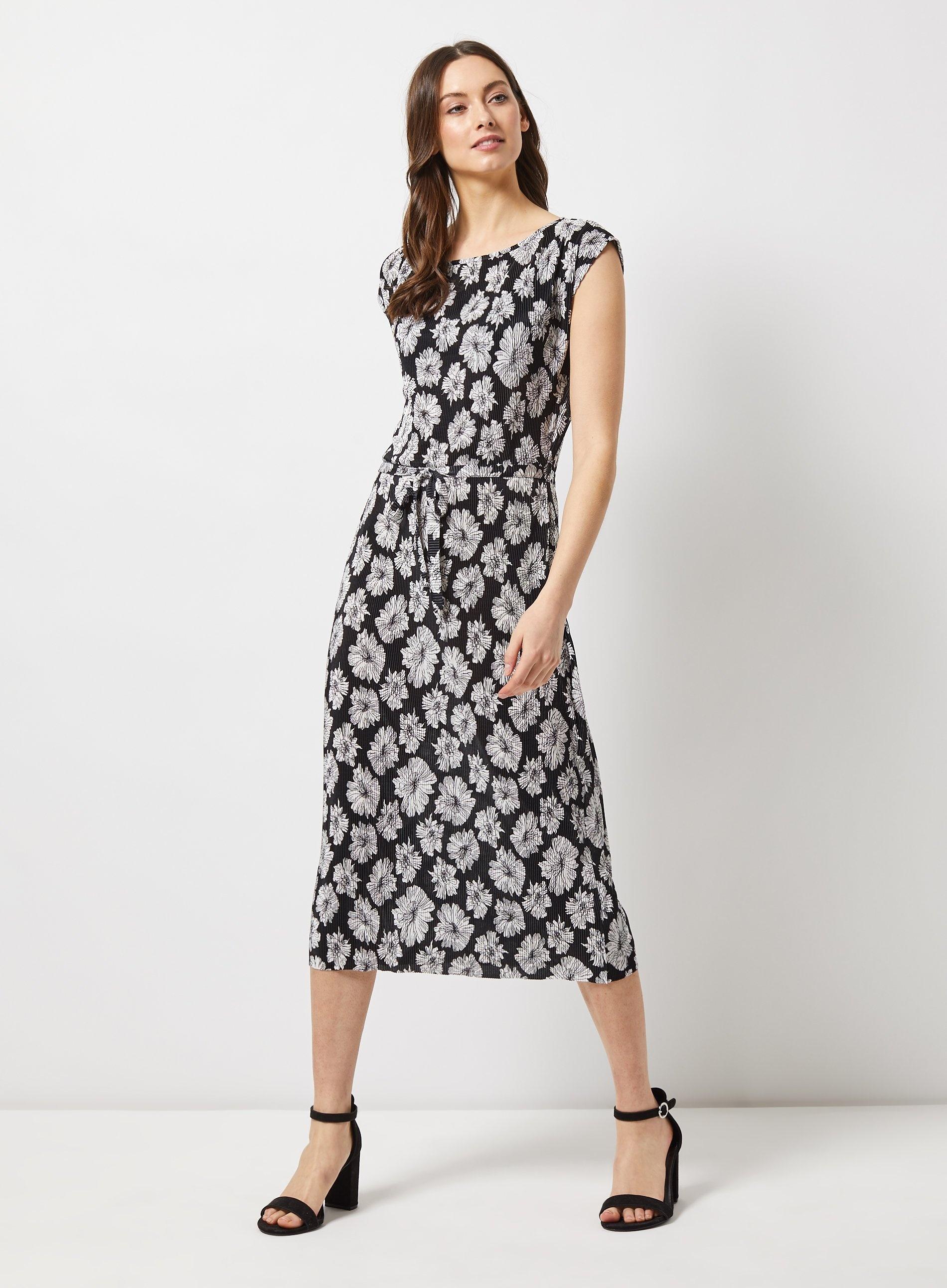 27f502be2f3 Dorothy Perkins - Black Floral Print Plisse Midi Dress - Lyst. View  fullscreen