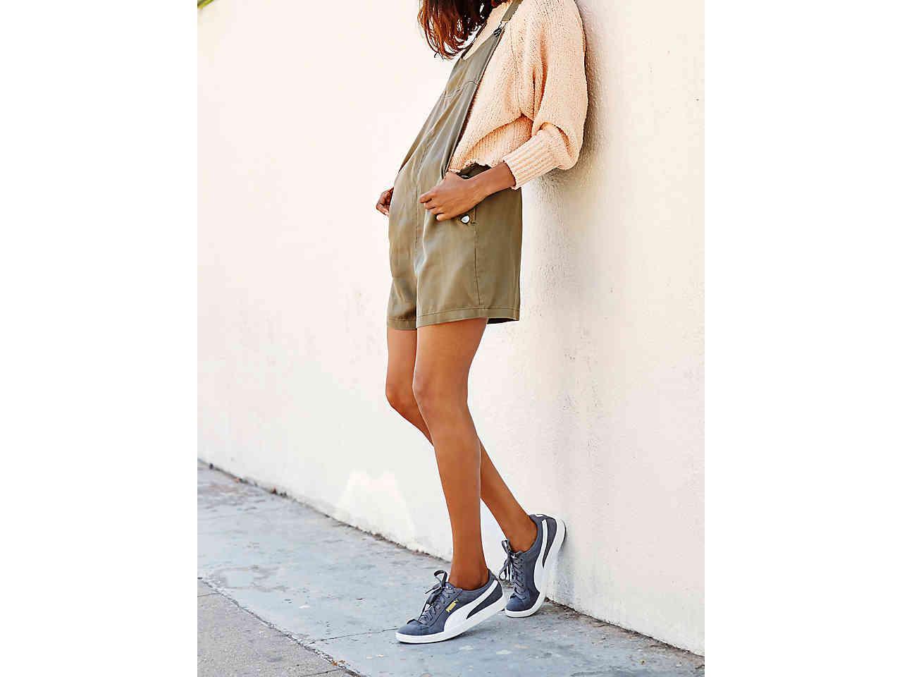 da9f346182c5 Lyst - PUMA Vikky Lo Suede Sneaker in Gray