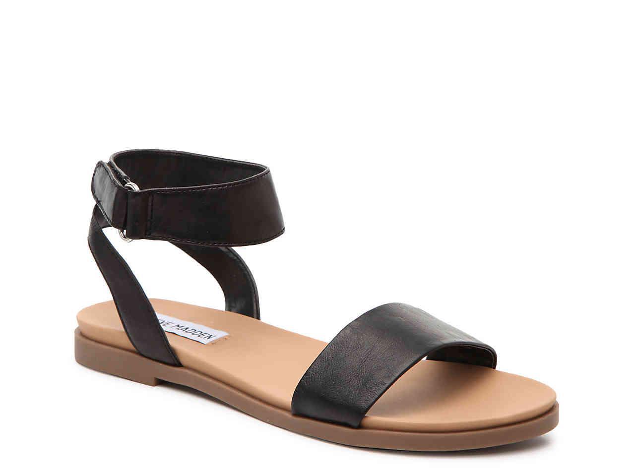 0d1e5250c01 Lyst - Steve Madden Meghan Flat Sandal in Black