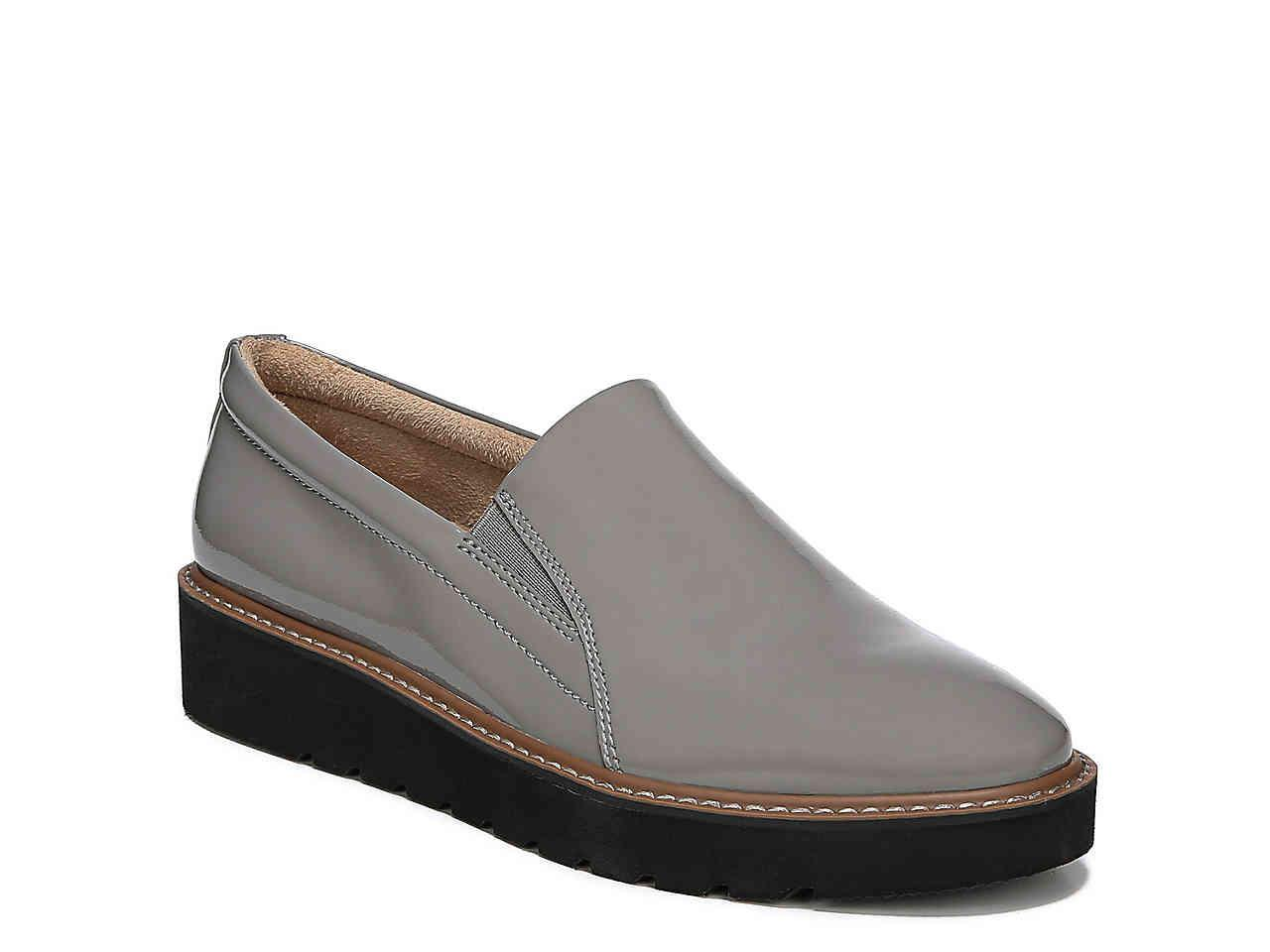 02d8dc0bf1f Lyst - Naturalizer Effie Wedge Loafer in Gray