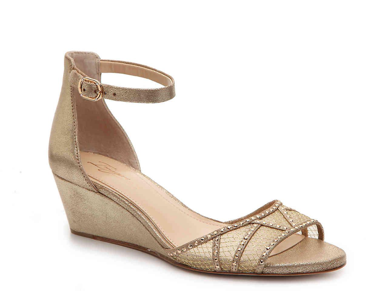 Imagine Vince Camuto Joan Ankle Strap Wedge Sandal xuAdj