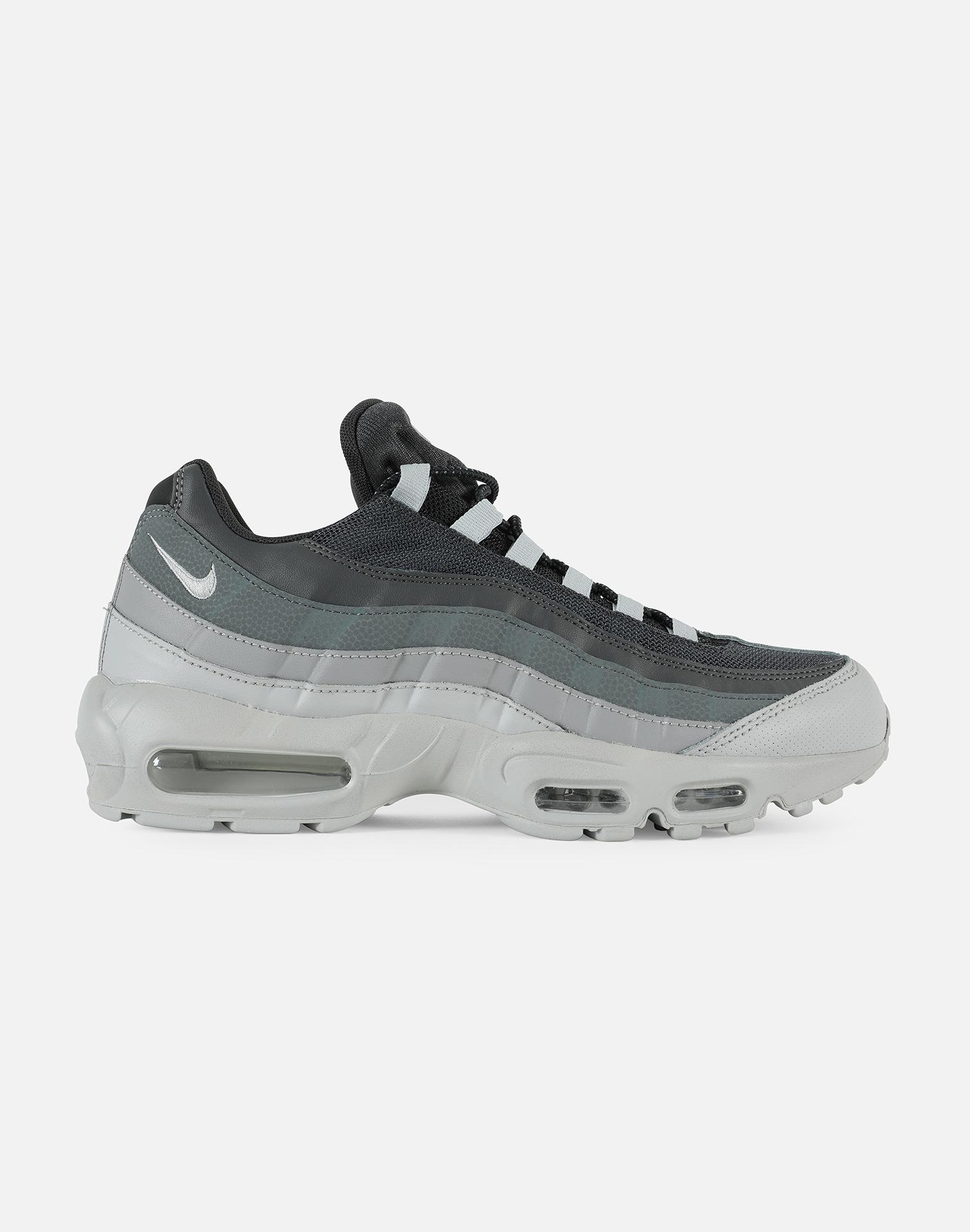 69432a986a4 Lyst - Nike Air Max 95 Essential in Gray for Men