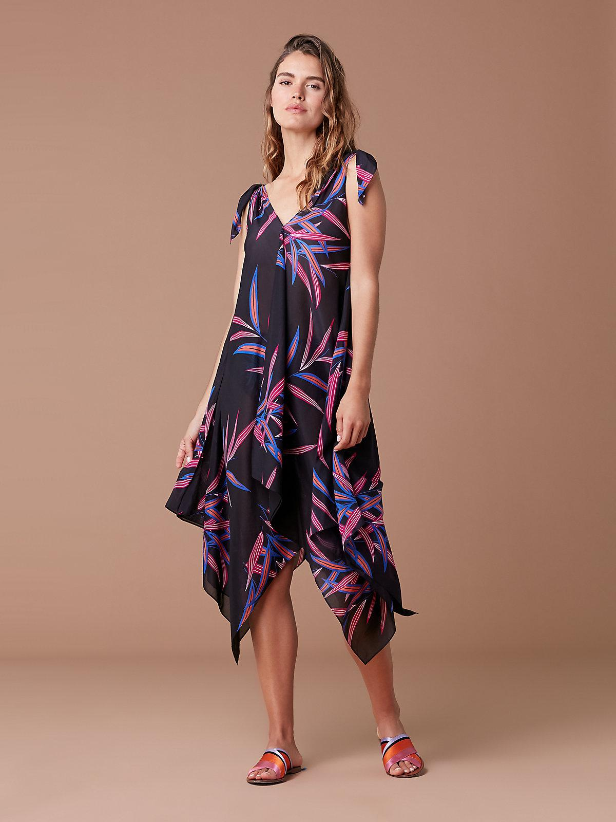 98ccce398be37 Diane von Furstenberg Sleeveless Ruffle Voile Maxi Dress in Green - Lyst