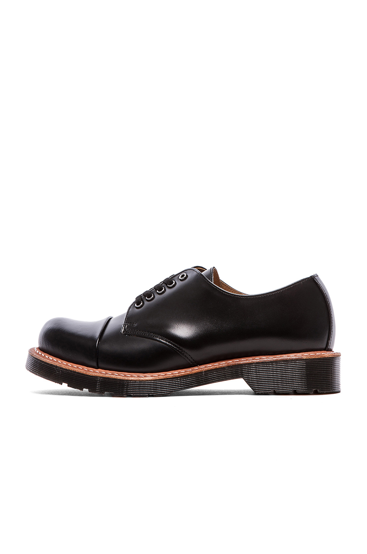 Dr Martens Leigh  Eye Toe Cap Shoe