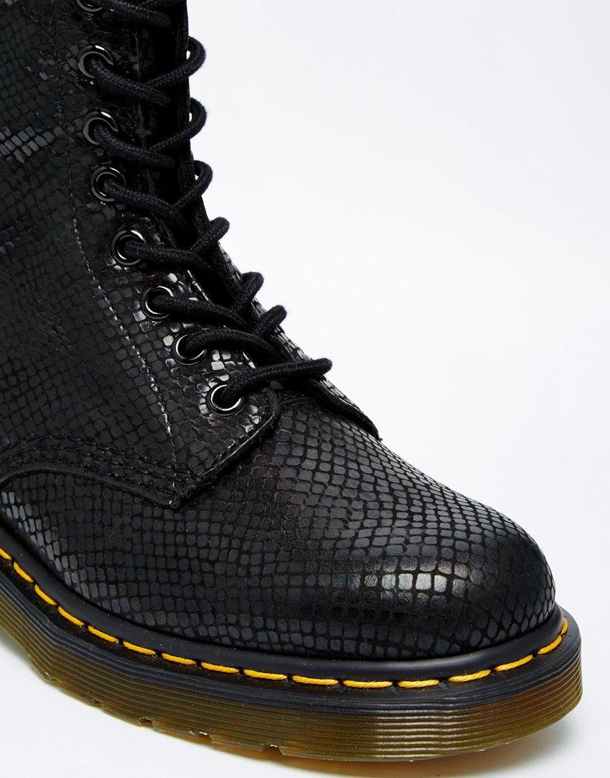 Lyst Dr Martens Core Black Hi Shine Snake 8 Eye Boots