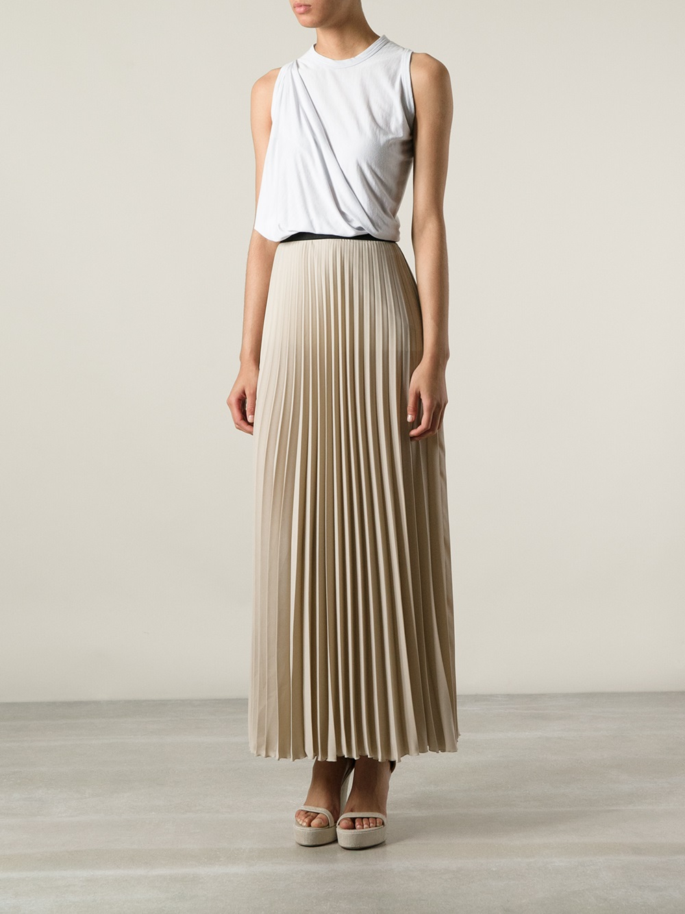 P.a.r.o.s.h. Long Pleated Skirt in Natural | Lyst