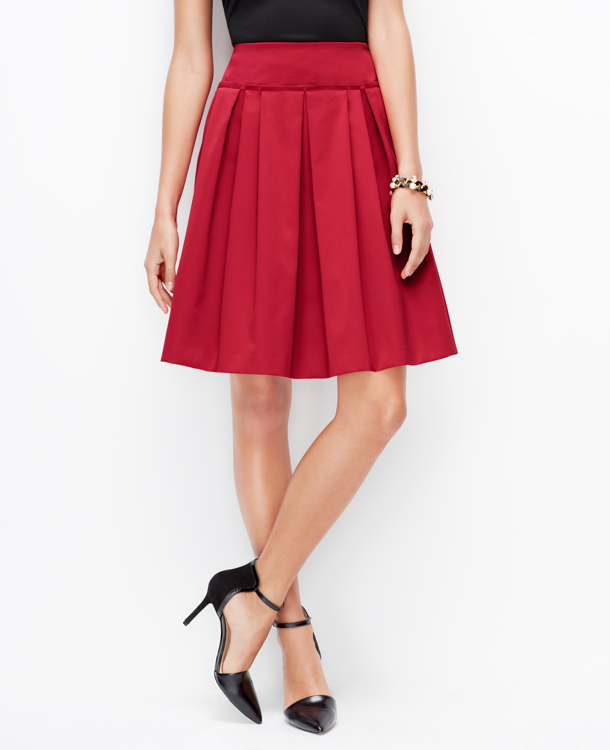 Ann taylor Pleated Skirt in Red | Lyst