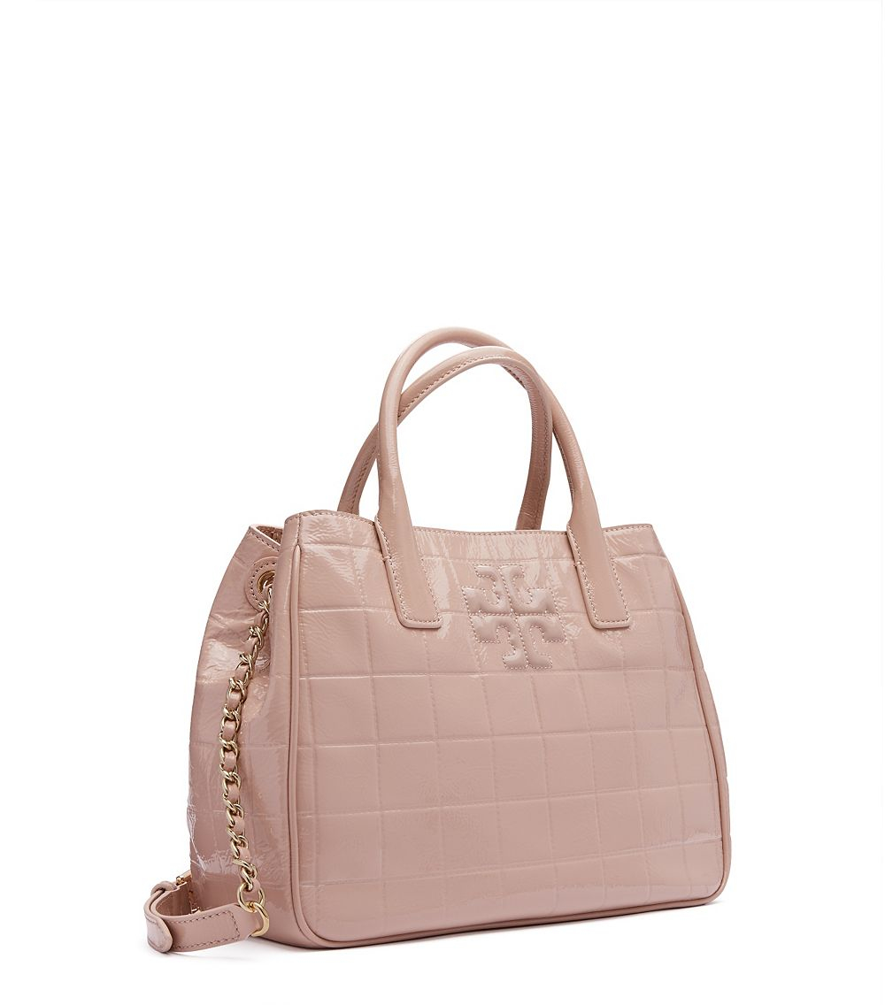 5d1947fd823 Lyst - Tory Burch Marion Quilted Tote in Natural
