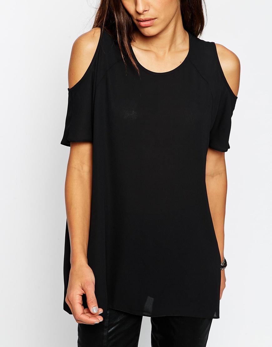 asos cold shoulder t shirt in black lyst. Black Bedroom Furniture Sets. Home Design Ideas