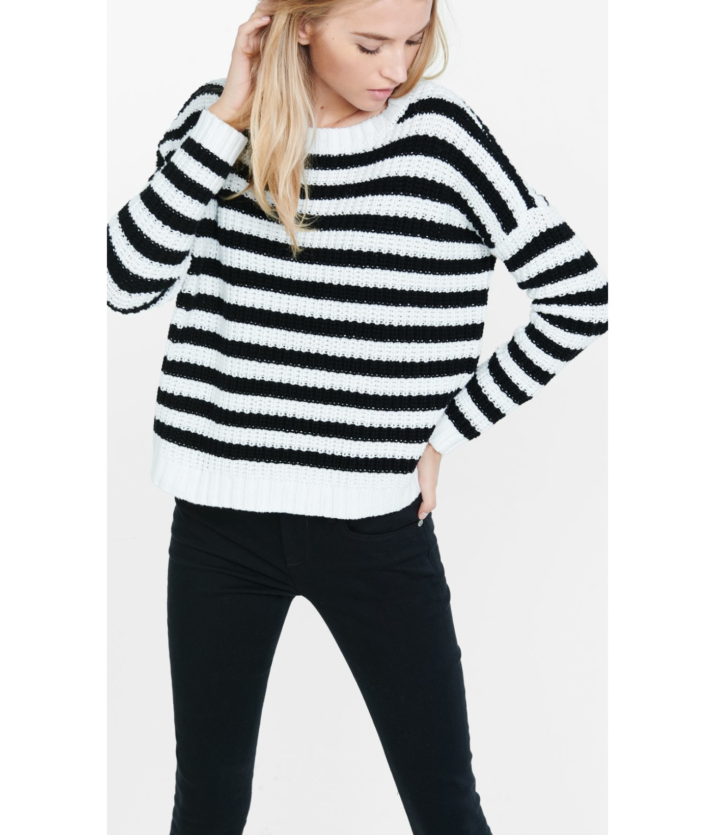 11ec35330c5 Express Short Striped Chunky Shaker Knit Sweater in Black - Lyst