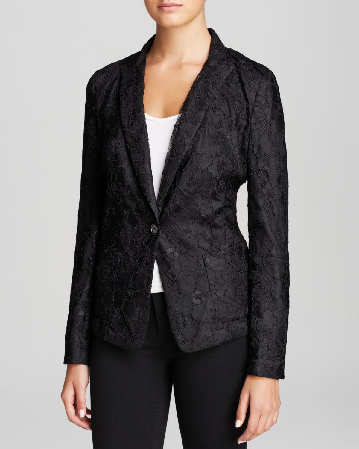Find a great selection of women's blazers & jackets at cheswick-stand.tk Shop top brands like Vince Camuto, Topshop, Lafayette and more. Free shipping and returns.