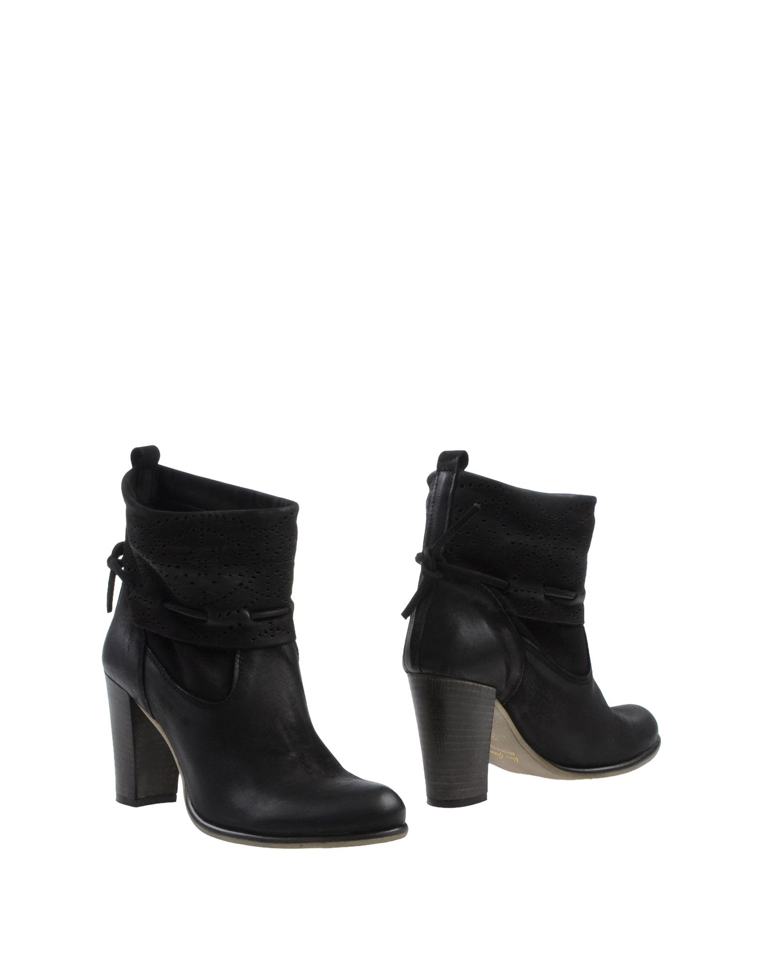 Scoop Suede Ankle Boots outlet amazing price Ccxcz13t