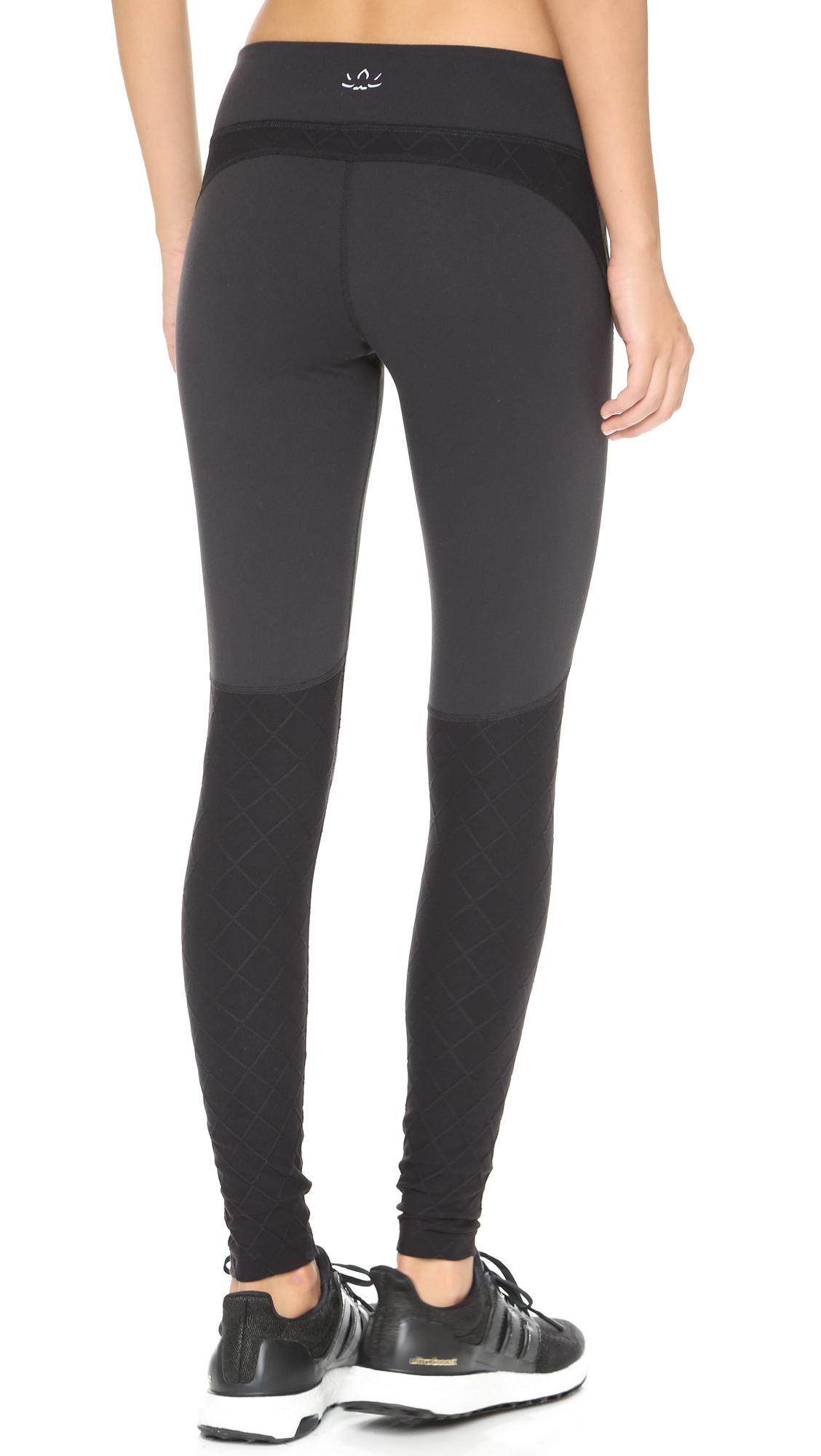 b45f95d83280b Beyond Yoga Quilted Paneled Leggings - Black in Black - Lyst