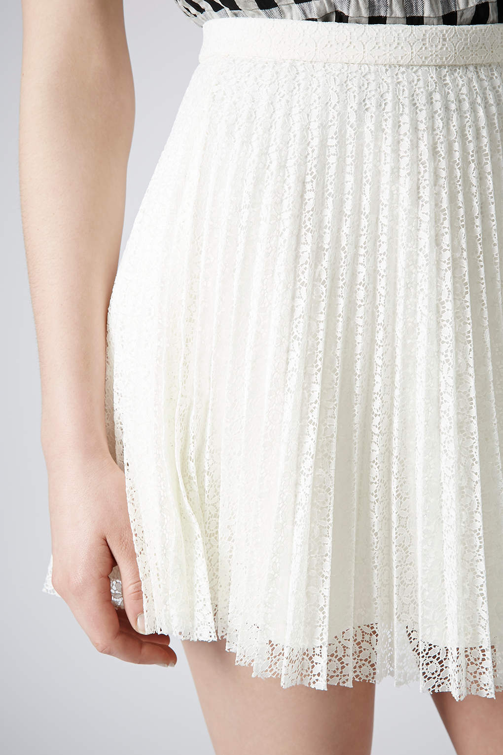 Topshop Ivory Lace Pleat Mini Skirt in White | Lyst