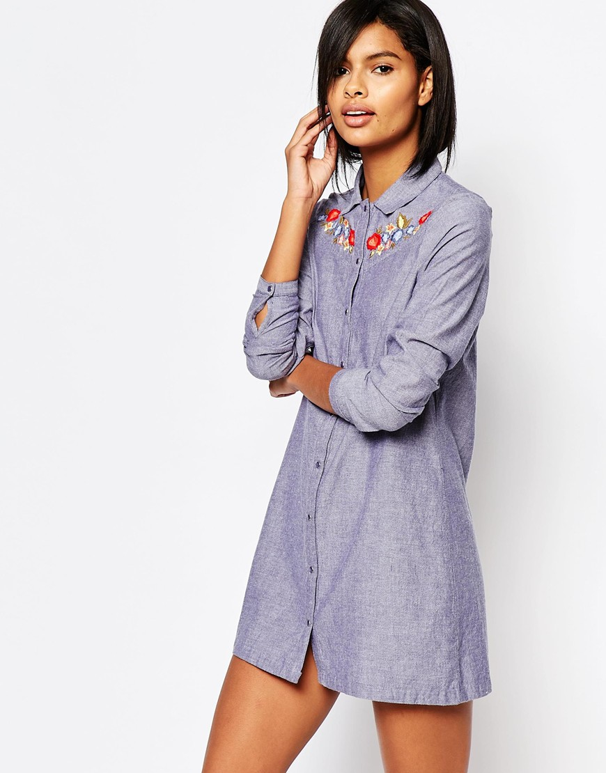 Lyst vero moda embroidered chambray shirt dress denim for Chambray dress