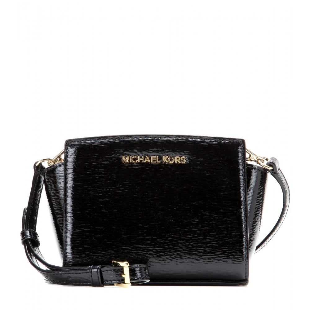 Lyst - MICHAEL Michael Kors Selma Mini Messenger Patent Leather ... d9a093ba2