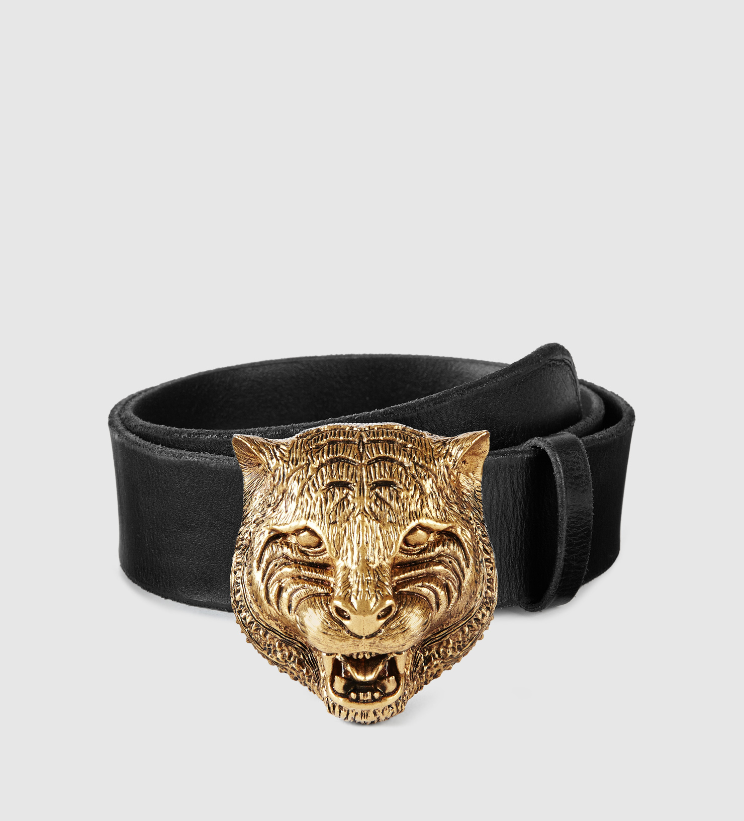 ed1c43c00 Gucci Leather Belt With Feline Buckle in Metallic - Lyst