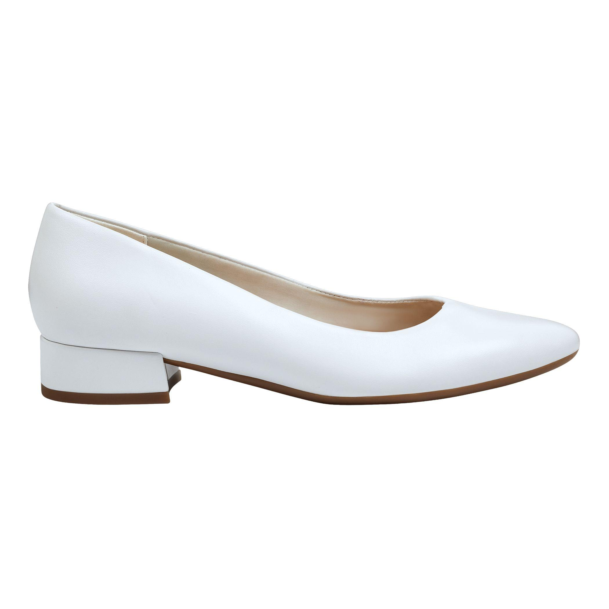 7e2b2cb6bde Lyst - Easy Spirit Caldise Low Heel Dress Shoes in White - Save 45%