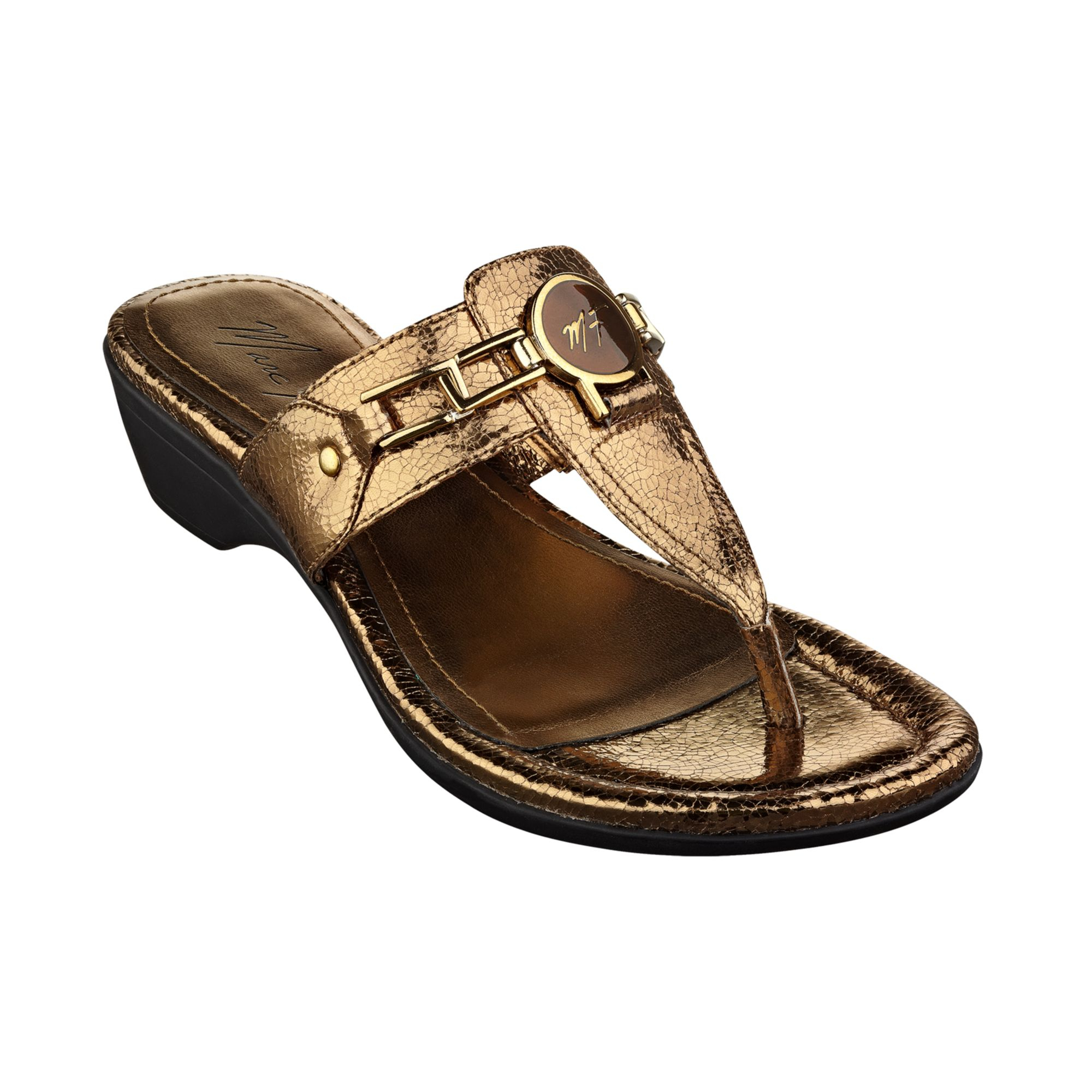 Marc Fisher Amina Thong Sandals in Gold (Bronze Crackle ...
