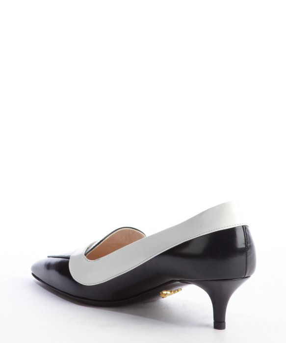 Prada Black And White Leather Pointed Toe Kitten Heel Pumps in