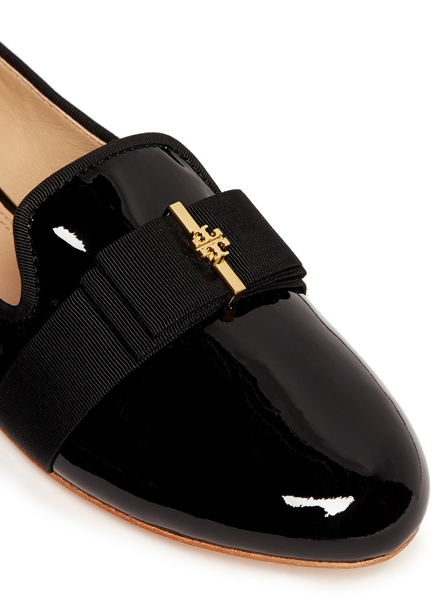 fee0e9b949d92 Lyst - Tory Burch  trudy  Logo Bow Patent Leather Ballerina Flats in Black