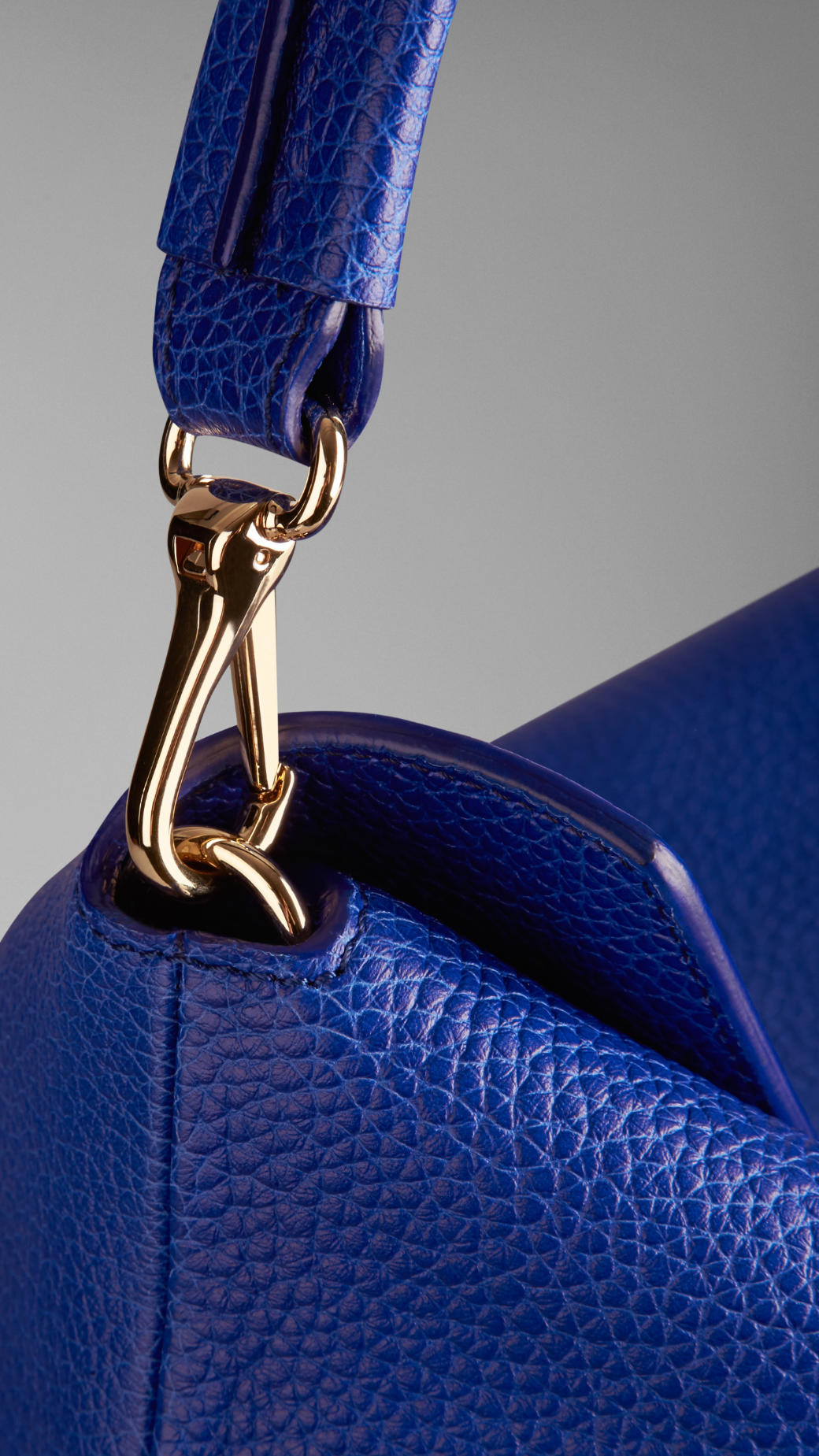 Lyst - Burberry Medium Leather Hobo Bag in Blue 49aaaa65178e3