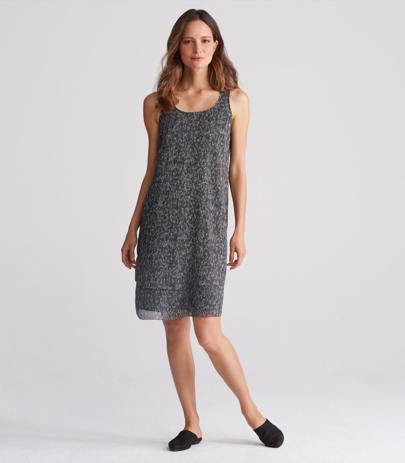 83881a4d615a18 Lyst - Eileen Fisher Elemental Printed Crinkle Silk Scoop Neck Knee ...