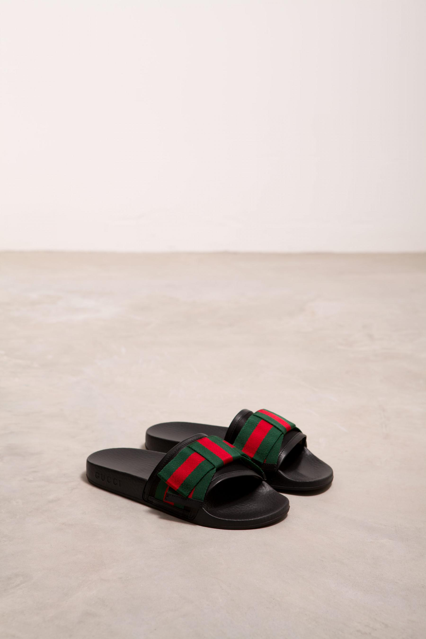 2b97035b8e2c Gucci Satin Slide With Web Bow in Black - Lyst
