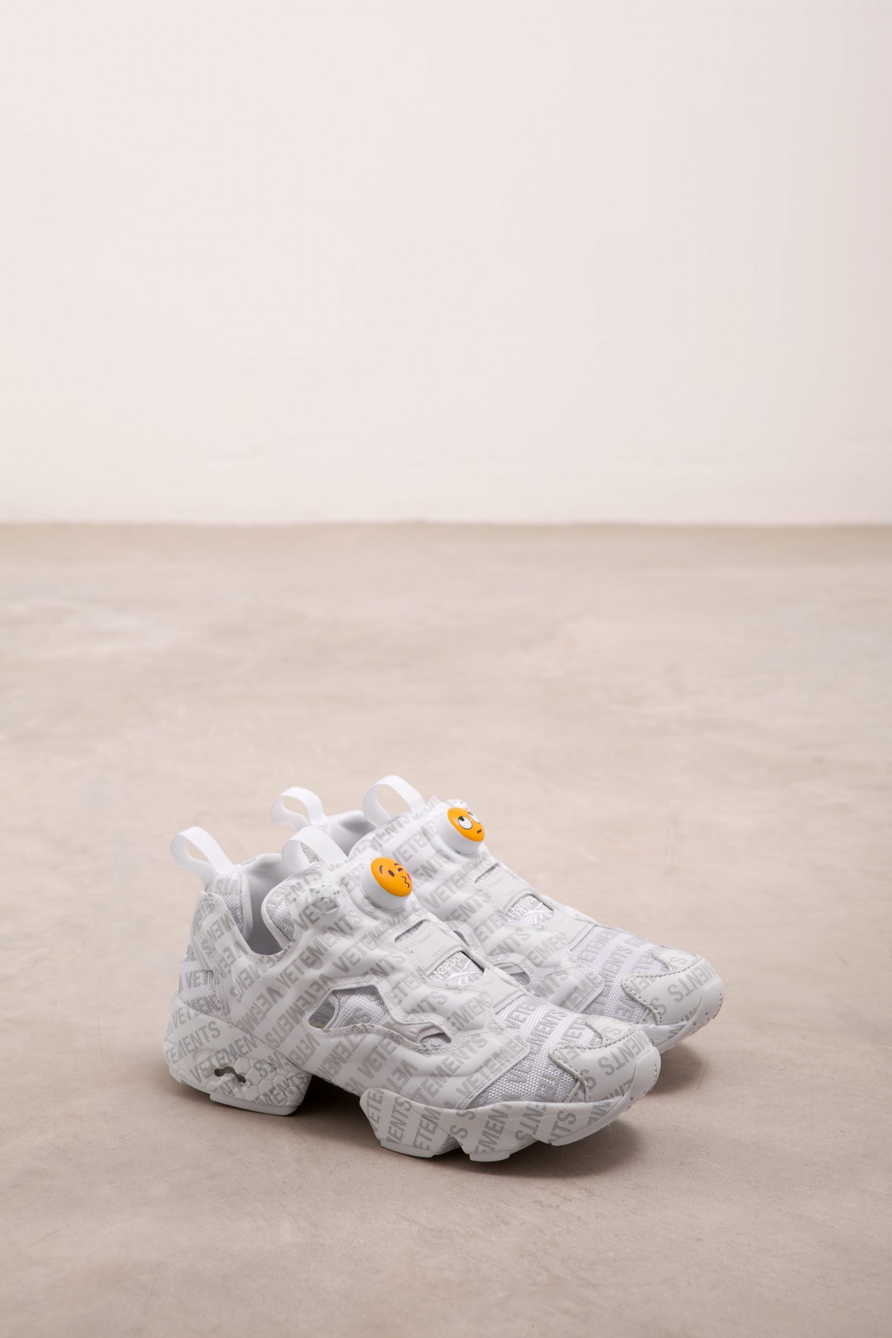 819bdbc5f88 Lyst - Vetements X Reebok Logo Instapump Fury Sneakers in Gray for Men