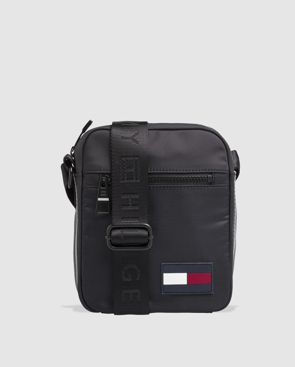 fd0a1e053d2d Lyst - Tommy Hilfiger Small Black Crossbody Bag With Zip in Black ...