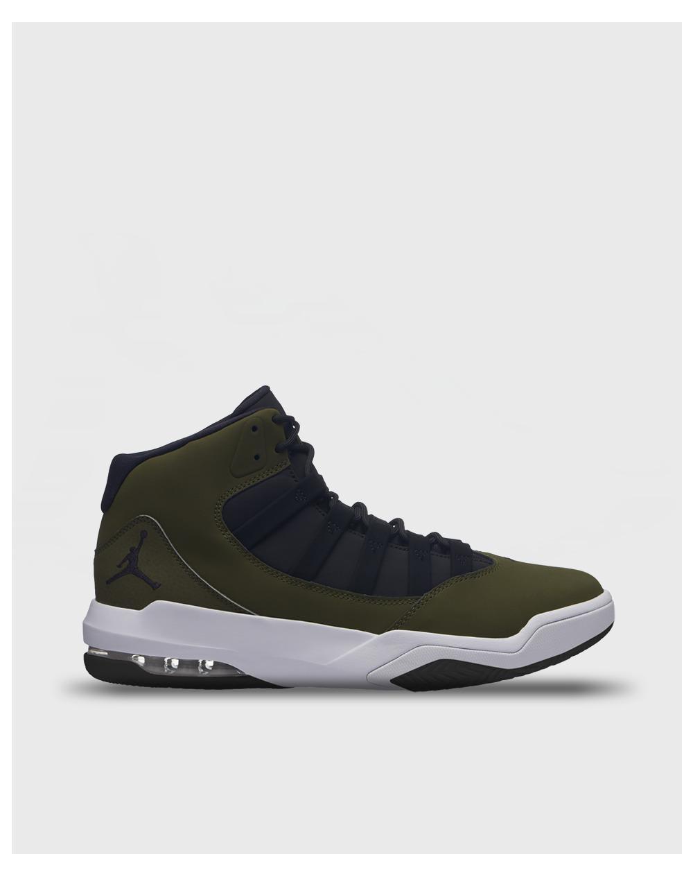 e90a2f308bb22a Nike Jordan Max Aura Casual Trainers in Green for Men - Lyst