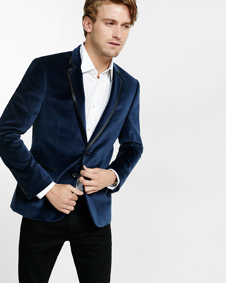 Find mens velvet blazer at ShopStyle. Shop the latest collection of mens velvet blazer from the most popular stores - all in one place.