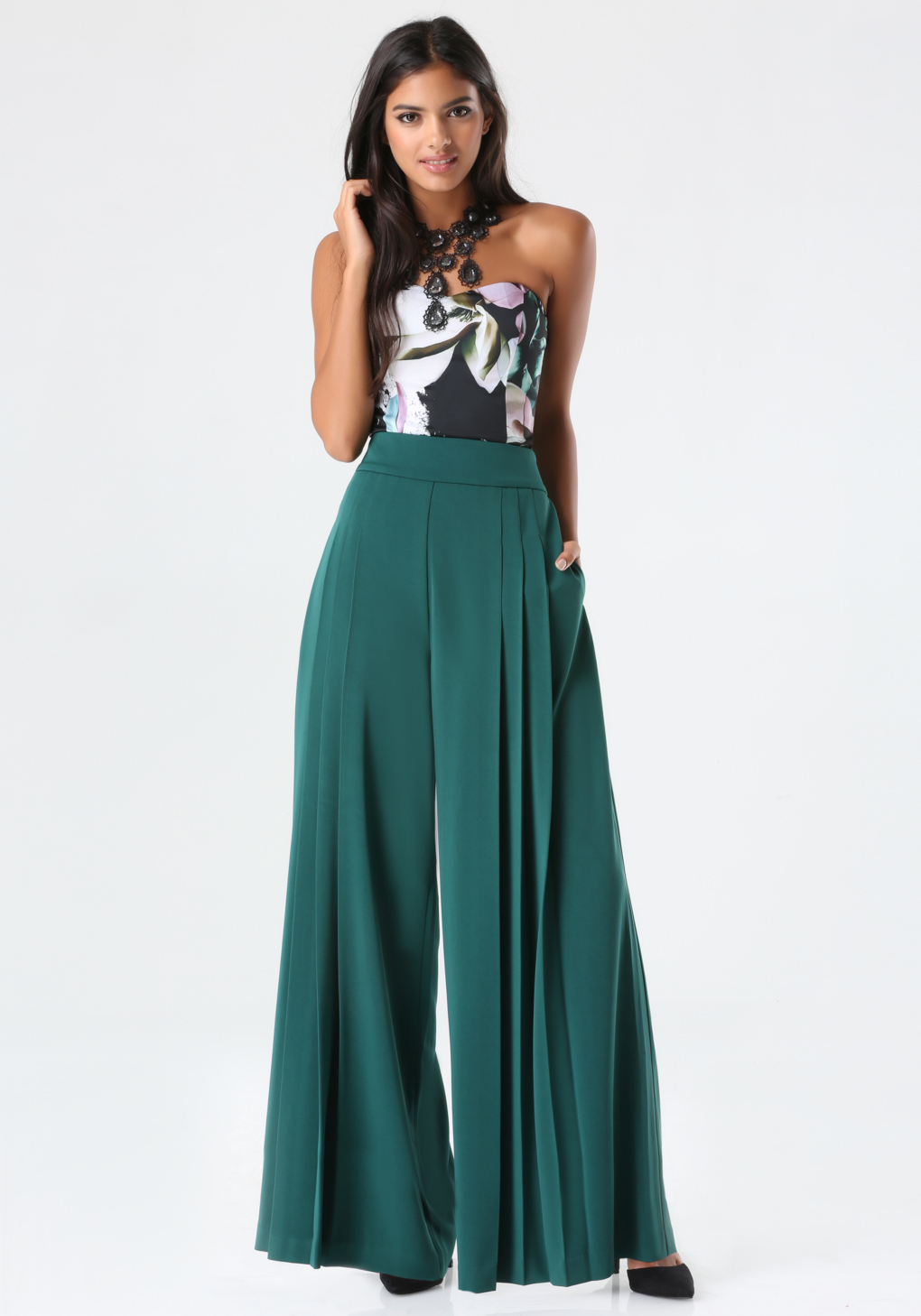 Bebe pleated wide leg pants in green lyst gallery ombrellifo Images