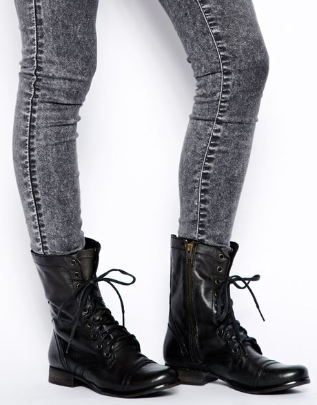 steve madden black troopa lace up boots in black lyst