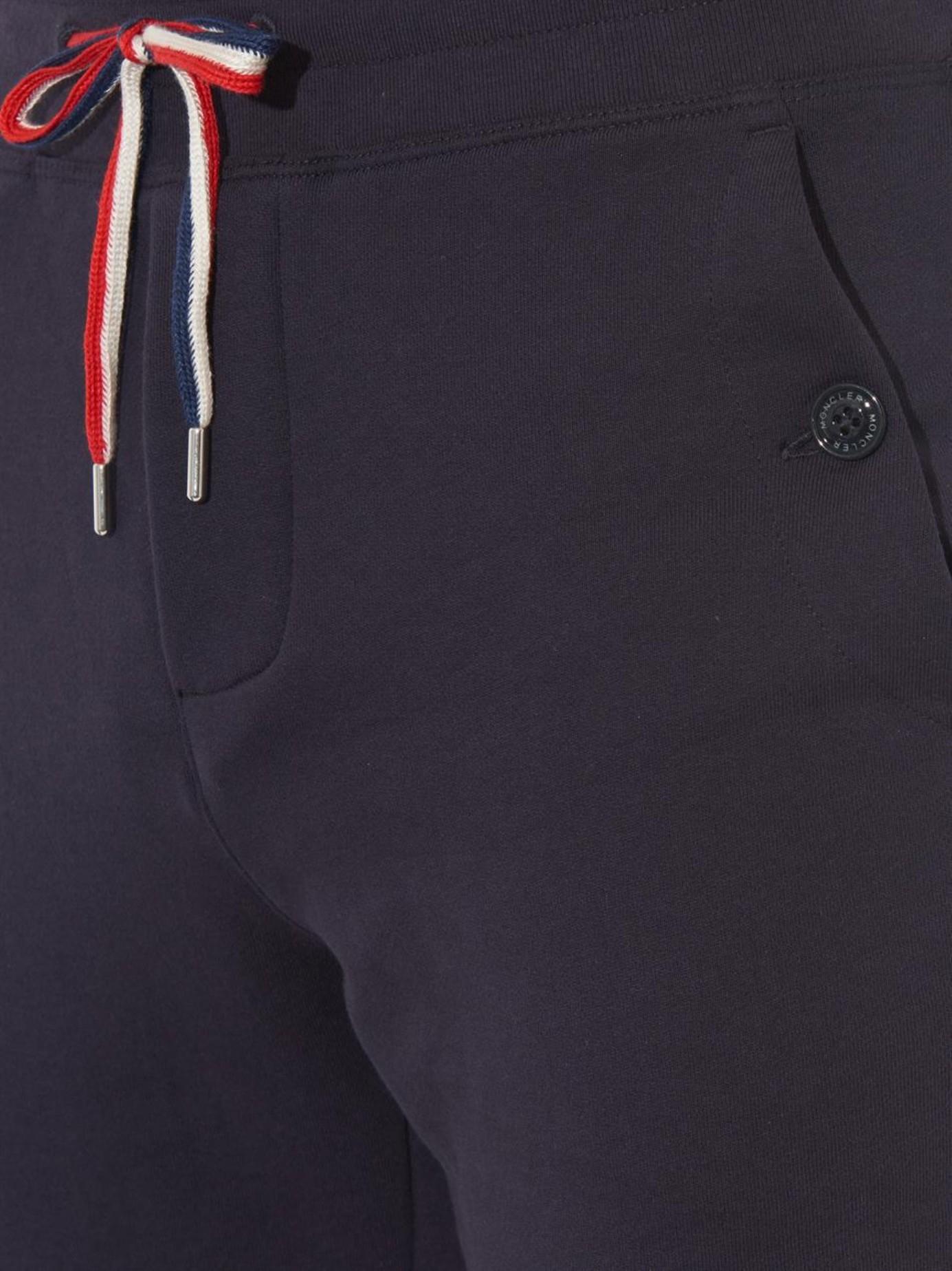 Cotton trousers Moncler Kd3O7ts7