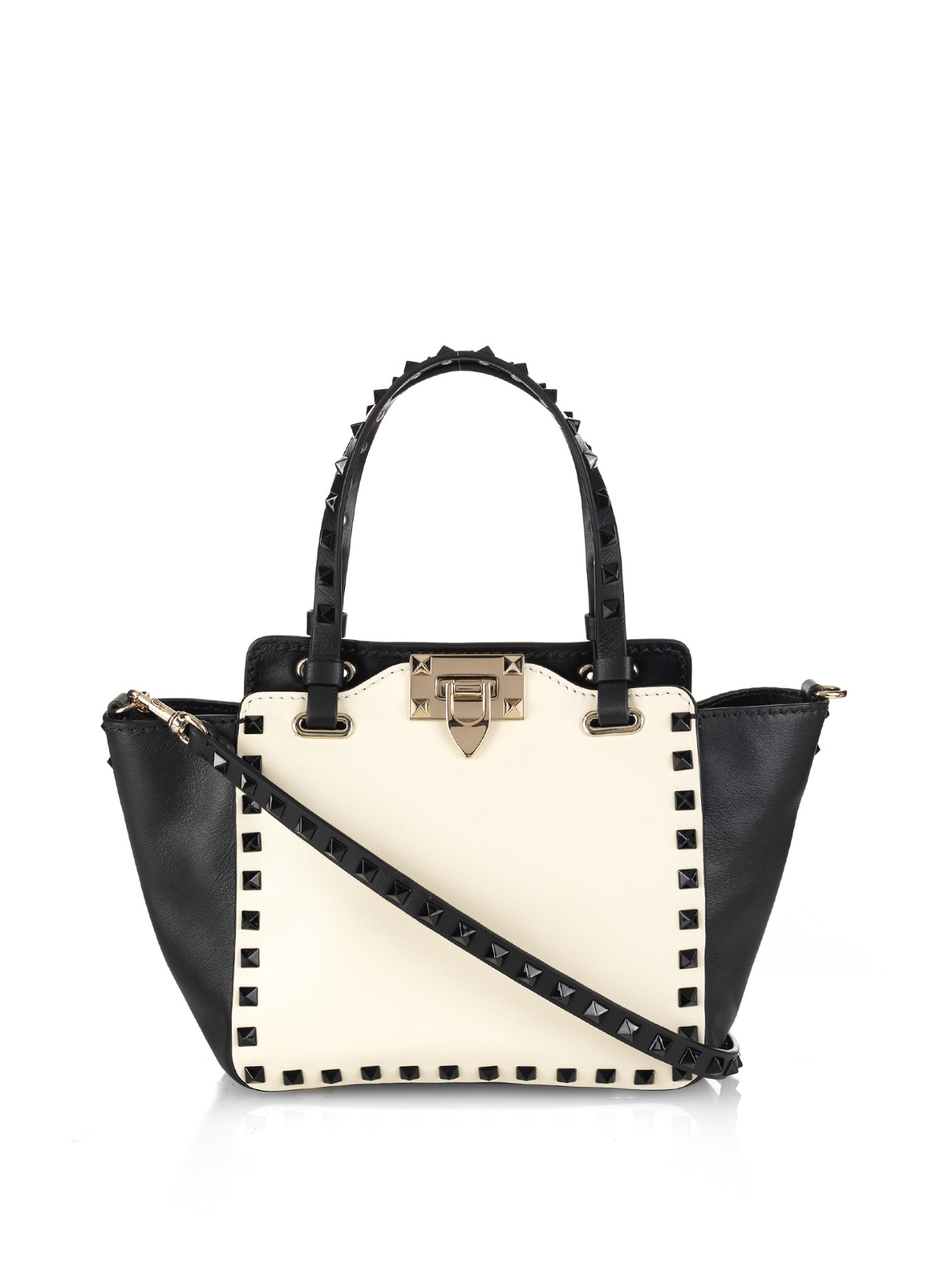 c8a5cc099 Gallery. Previously sold at: MATCHESFASHION.COM · Women's Valentino  Rockstud Bags