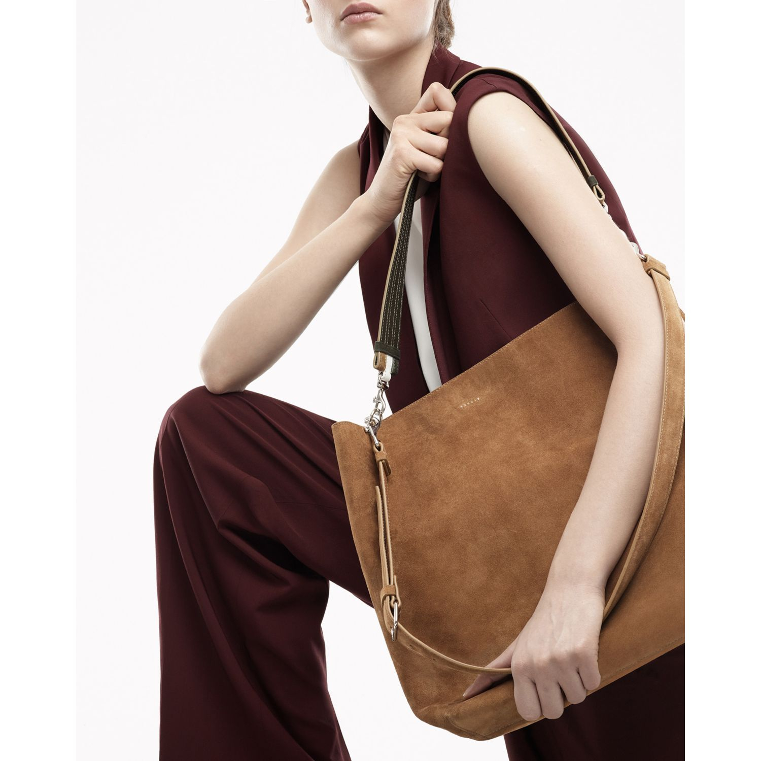 Theory Urban Bucket Bag In Ames in Natural