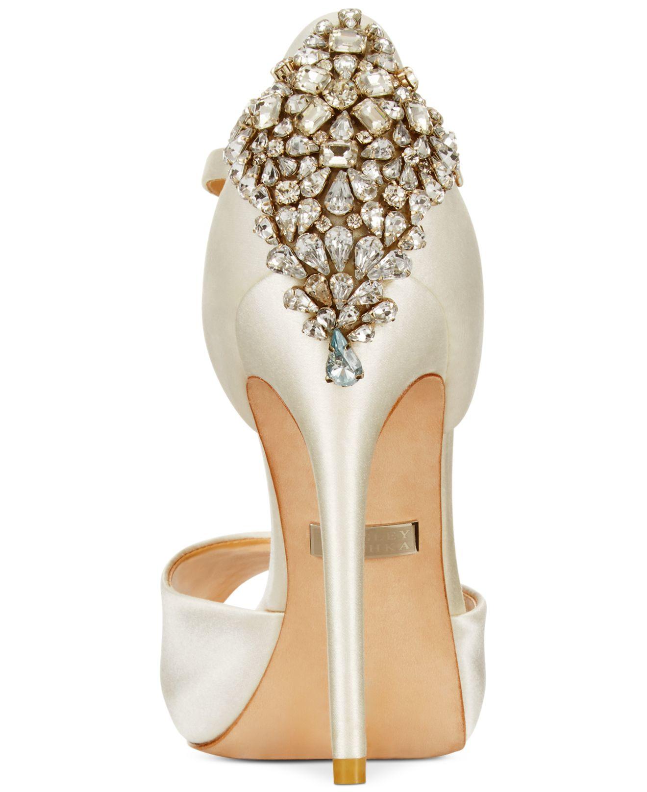 Gene Buckle Strap Heel Shoes