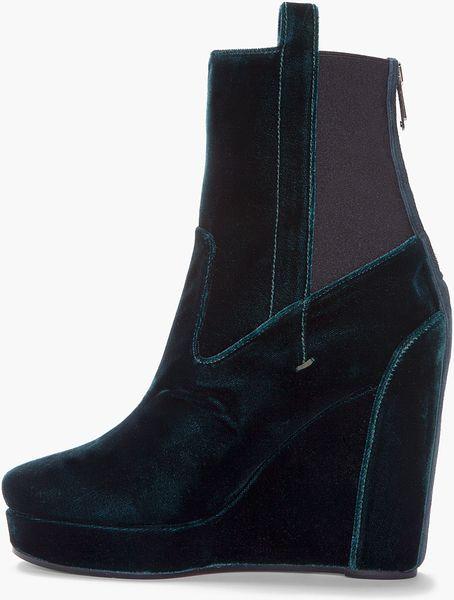 Vanessa Bruno Emerald Green Velvet Wedge Boots In Green