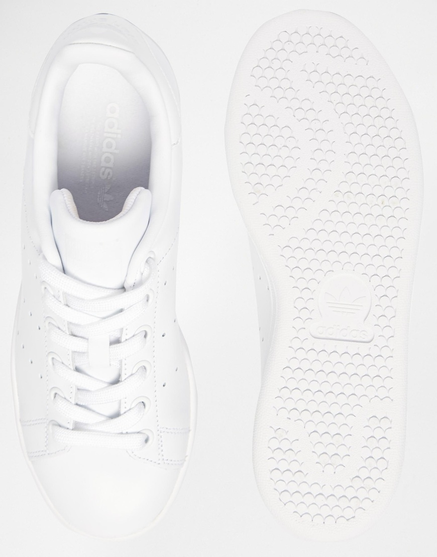 finest selection 4b0d5 1ef9a adidas Originals Originals Triple White Stan Smith Trainers in White - Lyst