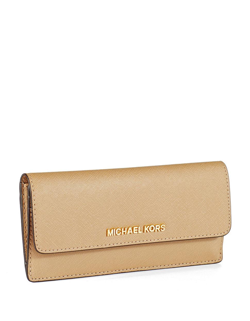 2ff908bd32e9 MICHAEL Michael Kors Jet Set Leather Travel Flat Wallet in Natural ...