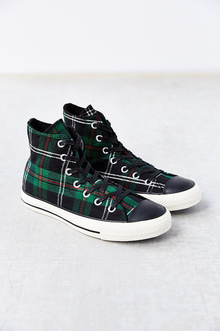 lyst converse chuck taylor all star green tartan high top women 39 s sneaker in green. Black Bedroom Furniture Sets. Home Design Ideas