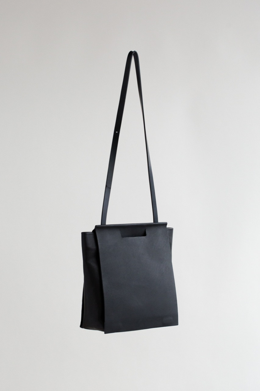 d6122b3b404d Lyst - CHIYOME Small Tote Pack in Black