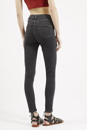 216c9134763 Lyst - TOPSHOP Moto Washed Black Jamie Jeans in Black